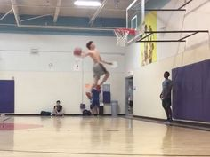 85b650044 LaMelo Ball Throws Down Nasty Windmill Dunk