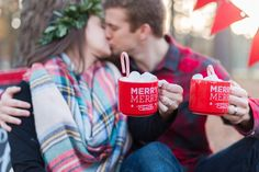 Newlywed Christmas Mini-Session Recap! Such a fun and romantic way to celebrate your First Married Christmas! Mini-Session Photos by Elizabeth Henson Photography
