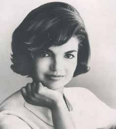 Kennedy Wife, Les Kennedy, Jaqueline Kennedy, Jacqueline Kennedy Onassis, Jfk, Style Icons, Marie, Elegant, Lady