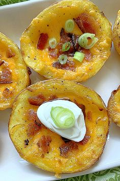Air Fryer Potato Skins via @foodtasticmom I Love Food, Good Food, Air Fryer Recipes Appetizers, Potato Skins, Pampered Chef, Grubs, Ninja, Microwave, Bacon