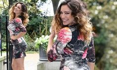 Kelly Brook definitely knows a thing or two about dressing for her shape.