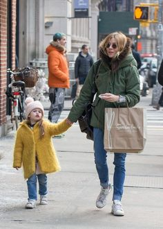 sienna's mom-daughter style