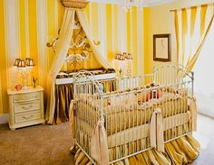 Yellow baby room .. Love this
