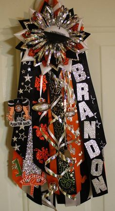 homecoming mum ideas Oh this is probably my favorite part about homecoming!