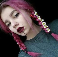 We have collected 166 pictures of hair color, which are personalized and beautiful. Let's take a look, Choose a gorgeous hairstyle color that makes your heartbeat. Ombre Hair, Pink Hair, Color Fantasia, I Like Your Hair, Natural Hair Styles, Long Hair Styles, Dye My Hair, Rainbow Hair, Crazy Hair
