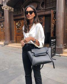 A little bit smart 💼 Rome Fashion, London Fashion, Office Fashion, Fashion 2020, Look Retro, Classy Outfits, Minimalist Fashion, Her Style, Short