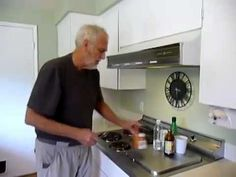 BAKING SODA & MAPLE SYRUP KILLS CANCER   ((pHKillsCancer)  (His Personal use / experience of using B.S. for Cancer).