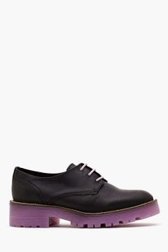 Love the Tba June Oxford on Wantering | $84 | Shoes Under $100 | womens oxfords #womensoxfords #womenblackshoes #womenshoes #womensflatshoes #womensstyle #womenswear #womensfashion #tba #wantering http://www.wantering.com/womens-clothing-item/june-oxford/agTQu/