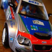 VW Polo S.2000 de Mini Replicas Racing Kits, conducido por Alberto Hevia en el rallye Llanes de 2007.  Kit para rallye slot que se sirve sin pintar.  $54 USD (este precio es en dólares, en la tienda lo puedes encontrar a 41 euros, cosas del Pinterest)