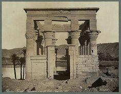 Egypt monochrome