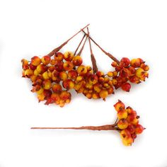 Artificial Berries Orange Yellow Pack of 8 berry picks 13cm (5 inch) - gorgeous autumn colours in these berry picks - they're great value too!