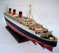 Queen Mary Model - Wooden Model Boats, Ships - GreatModelBoat.com