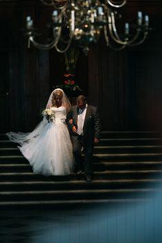 #wedding #pictures #ceremony #bride #walk #family #bridal #veil #photography #edopaul
