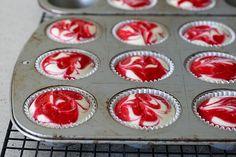 raspberry swirl cheesecake cupcakes