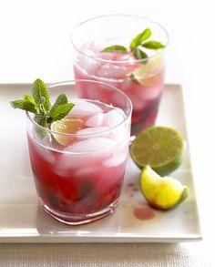 Cocktail Bramble au gin et crème de mûre pour 1 personne - Recettes Elle à…
