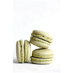 Matcha chestnut macarons ❤ liked on Polyvore featuring food
