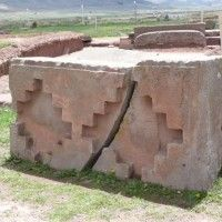 Ancient Mysteries – Pumapunku, Tiwanaku, Bolivia, Kalasasaya, Akapana Pyramid, Megalithic Structures, Tiahuanaco, Ancient Aliens « UFO-Contact News