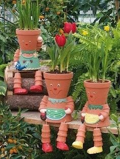 Container Flowers I need to try this out.put on my someday list with the someday grand babies. Container Flowers I need to try this out.put on my someday list with the someday grand babies. Clay Flower Pots, Flower Pot Crafts, Clay Pot Crafts, Clay Pots, Diy Flower, Diy Clay, Flower Pot People, Clay Pot People, Garden Crafts