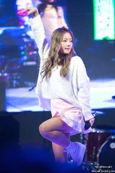 APink BoMi Pink Panda, Kpop Groups, Kpop Girls, Korean Girl, Girl Group, Dancer, Pretty, Cute, Stage