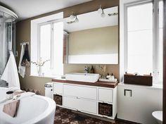 Post: Precioso dúplex con puerta secreta en el ático --> blog decoración nórdica, decoración ático dúplex, ático, attic, diseño interiores, estilo nórdico escandinavo, panelados de madera, pared ladrillo visto, Precioso dúplex con puerta secreta en el ático, puerta secreta
