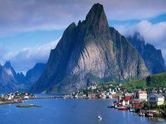 Fjord Aurland, Norvegia
