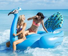 Pool Float is Over 7 Feet. One Of The Largest Seat Swimming Pool Floats on the Market.Great For Memorial Day, of July and Labor Day Pool Parties. Swimming Pool House, Kid Pool, Swimming Pools, Pool Floats For Adults, Cool Pool Floats, Lake Floats, Pool Rafts, Vinyl Pool, Summer Pool