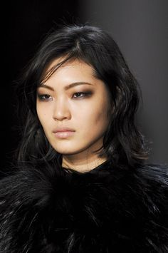 Modern goth eyes and a soft pink lip, YIGAL AZROUEL FW 2013 #makeup