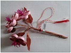 Quilling 3d - Branch with Flowers. Martisor cu crenguta de pom inflorita, cu flori roz, realizat prin metoda quilling 3d.