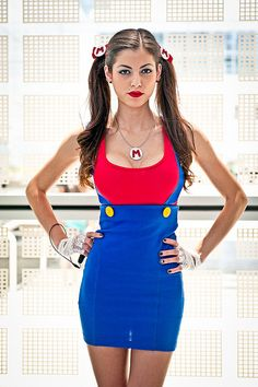 LeeAnna Vamp in her Mario cosplay at Anime Expo 2011 Mario Cosplay, Top Cosplay, Cosplay Makeup, Cosplay Girls, Mario Costume, Gender Bend Cosplay, Dress Up, Bodycon Dress, Anime Expo