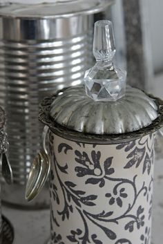 tin can recycling like you've never seen... gorgeous! - Wanna check this out.