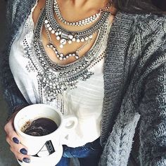 Glamorous Over The Top Statement Necklace #fashion #style #coffee #ootd #silvernecklace #statementnecklace - 27,90 € @happinessboutique.com