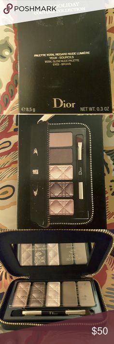 Dior Eyeshadow palette Soft color roses Dior Eyeshadow palette, NWOT, NEVER USED Dior Makeup Eyeshadow