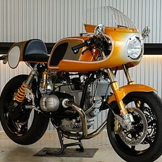 garageprojectmotorcycles:  #ritmosereno are one of the masters of bike customisation IMO. #BMW #airhead #beemer #caferacer
