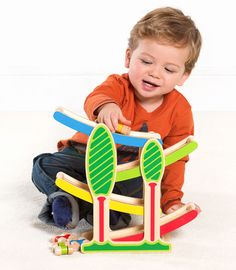Buzzing Brains Click Clack Track | Kiddicare