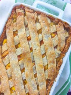 Cooking with K: Fresh Peach Cobbler With A Homemade Double Crust {Granny's Recipe} Fresh Peach Cobbler made with a bottom crust and a lattice crust on the top that gives the taste of peach dumplings with every bite! Peach season h… Peach Cobbler Crust, Can Peach Cobbler, Homemade Peach Cobbler, Fruit Cobbler, Peach Cobbler Recipes, Easy Peach Cobbler Recipe With Pie Crust, Bisquick Peach Cobbler, Classic Peach Cobbler Recipe, Southern Peach Cobbler