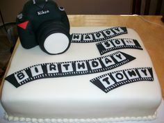 Photography Cake. This but in girl form. hahaaha