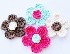 Five Petal Daisy Free Crochet Pattern pattern by Cheryl Murray ILuvSandals