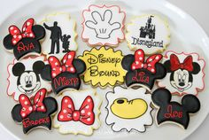 Disney Bound cookies by The Pink Mixing Bowl!