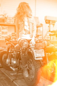 Motorcycle Girl 072 ~ Return of the Cafe Racers