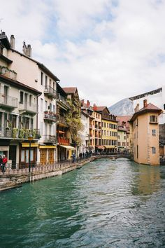 The Place That Stole My Heart Twice: Annecy, France – Bon Traveler – Best Travel Destinations Annecy France, France 3, Ville France, Beautiful Places To Visit, Oh The Places You'll Go, Cool Places To Visit, Positano, Amalfi, Wanderlust