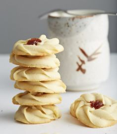 Shortbread Cookies with Jam--These shortbread cookies are easy to make, in just 25 minutes total. The melt-in-your-mouth goodness with a drop of chewy jam in the middle. They are simply to die for. Do yourself a favor, make this cookies and you will have one of best desserts ever in less than half an hour.