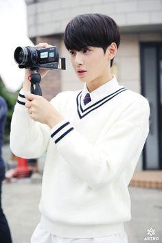 Music Video behind the story - EunWoo Park Jin Woo, Cha Eunwoo Astro, Lee Dong Min, Song One, Cute Actors, Pop Singers, Drama Korea, Handsome Boys, Suho