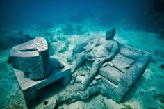 The world's most giant underwater museum at Cancun