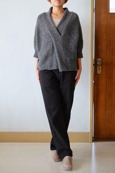 cross collar pullover
