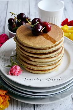 Discover recipes, home ideas, style inspiration and other ideas to try. Homemade Pancakes, Vegan Pancakes, Pancakes Easy, Buttermilk Pancakes, Banana Pancakes, Fluffy Pancakes, Mexican Breakfast Recipes, Brunch Recipes, Breakfast Pizza
