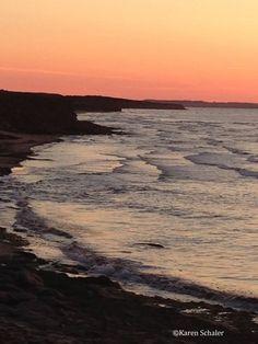 Cavendish beach sunset, Prince Edward Island by Travel Therapy Cavendish Beach, Atlantic Canada, Prince Edward Island, Like A Local, Beautiful Places To Travel, Sea And Ocean, Canada Travel, Beautiful Islands, Vacation Destinations