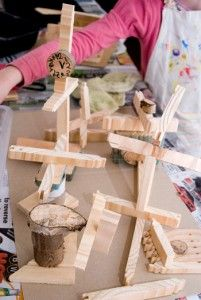 Woodworking projects for kids - wood creations with glue