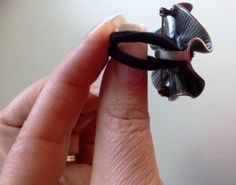 """How to make Premier Designs pin """"Camille"""" into a ring, using an ordinary ponytail holder. Part 1. facebook.com/CarolynPoppPremierDesignsJewelry."""