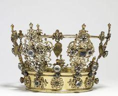 Swedish wedding crown from the 18th century...tumblr