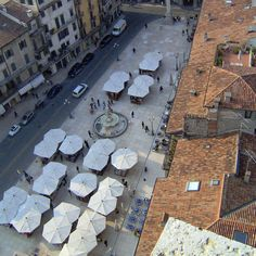 Veduta di Piazza Erbe dalla Torre dei Lamberti #Verona #Italy